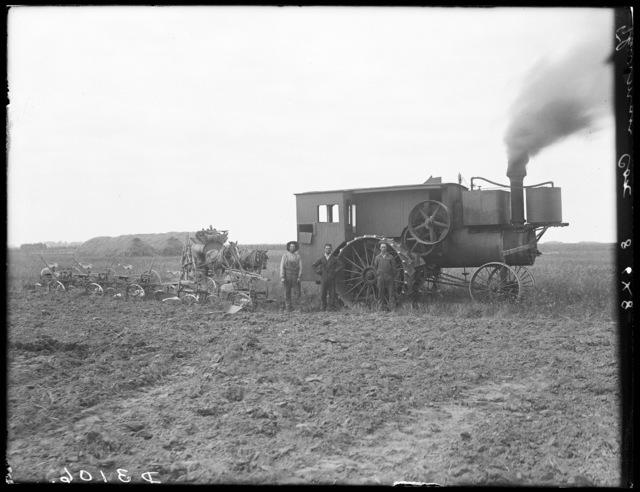 Plowing on farm of Thurman Cox, north of Shelton, Buffalo County, Nebraska