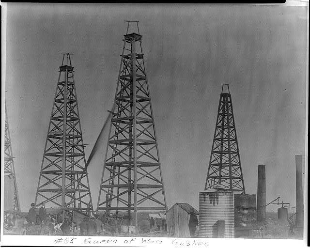 Queen of Waco gusher [Spindletop, Beaumont, Port Arthur, and vicinity, Texas - oil industry].