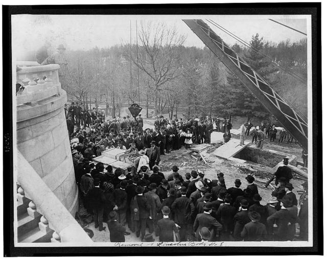 Removal of Lincoln's body
