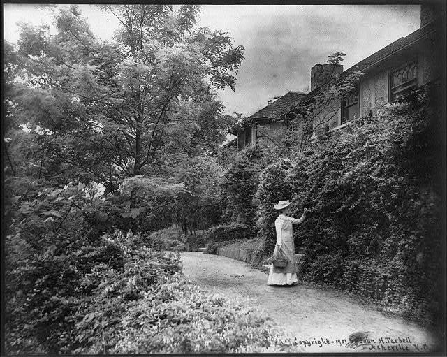 Side view of Erskine Residence, Lynn, N.C.