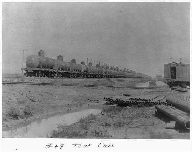 Spindletop, Beaumont, Port Arthur, and vicinity, Texas - oil industry: Tank Cars [on railroad]