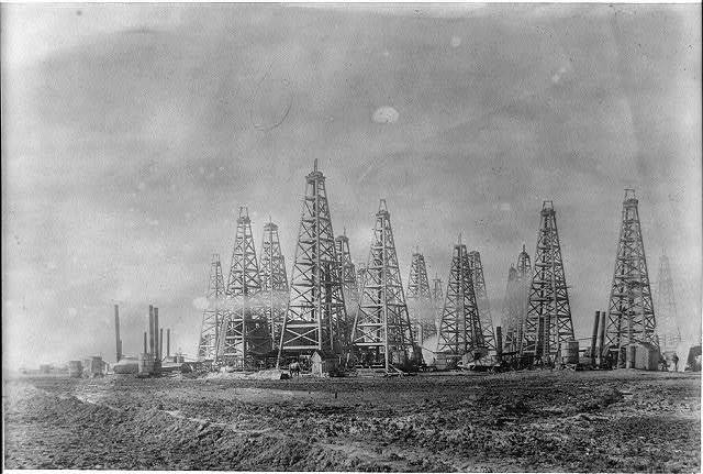 Spindletop [Spindletop, Beaumont, Port Arthur, and vicinity, Texas - oil industry].