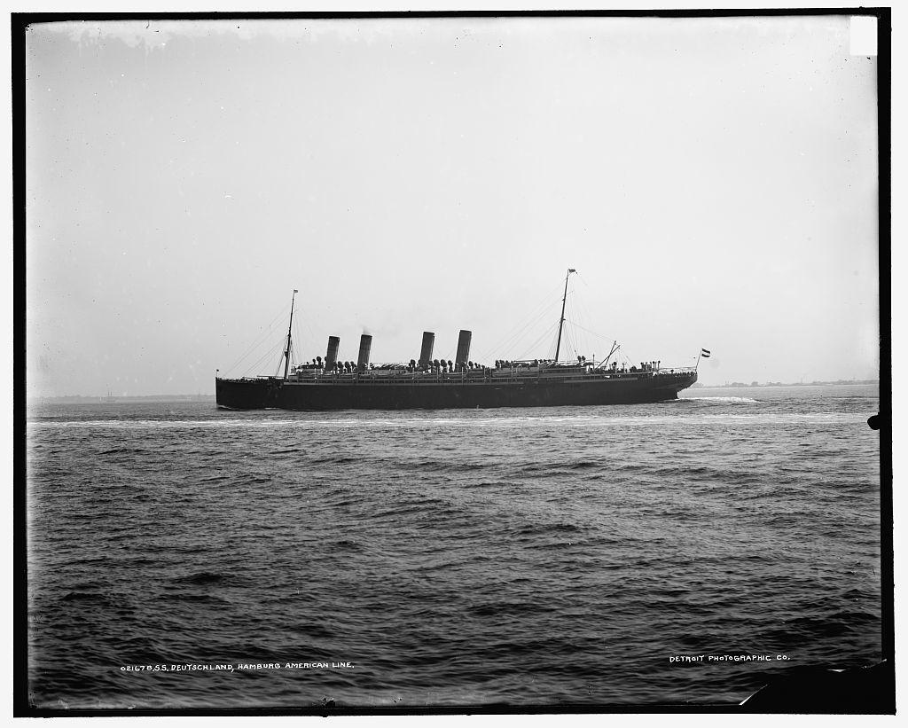 S.S. Deutschland, Hamburg American Line
