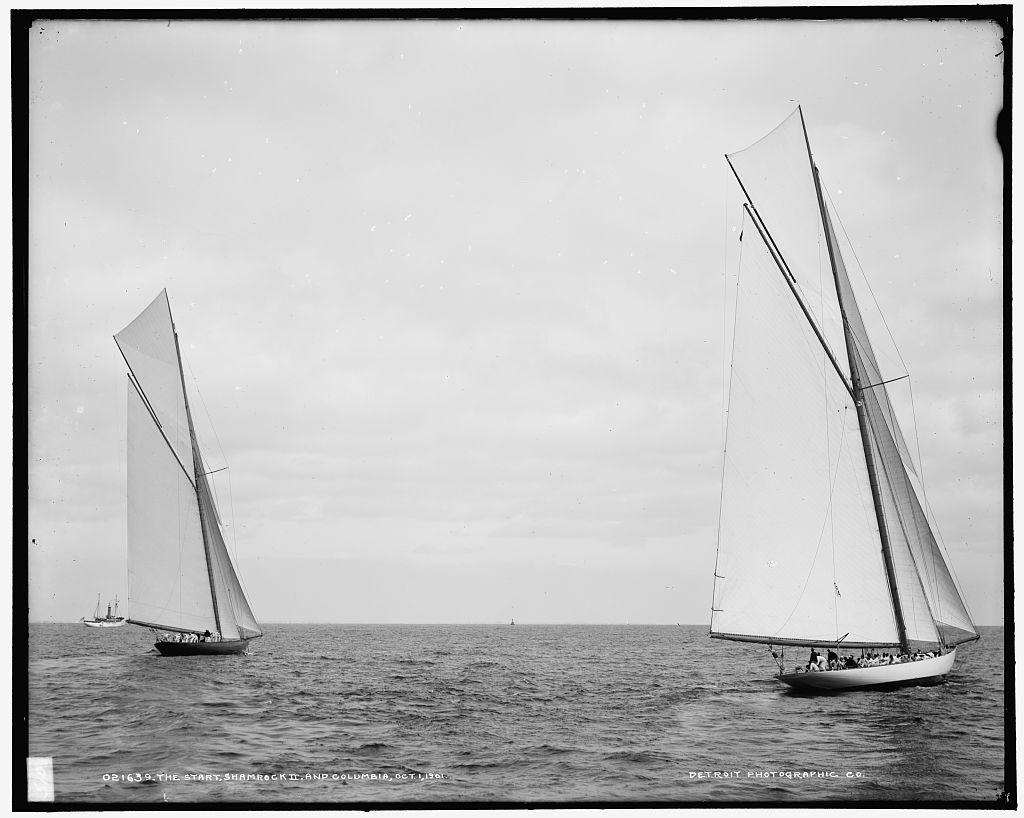 The Start, Shamrock II and Columbia