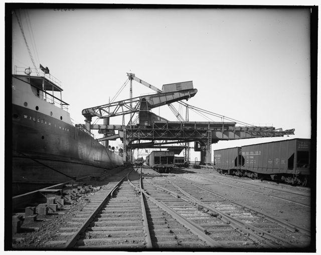 [Unloading ore from Hulett machine, Buffalo, N.Y.]