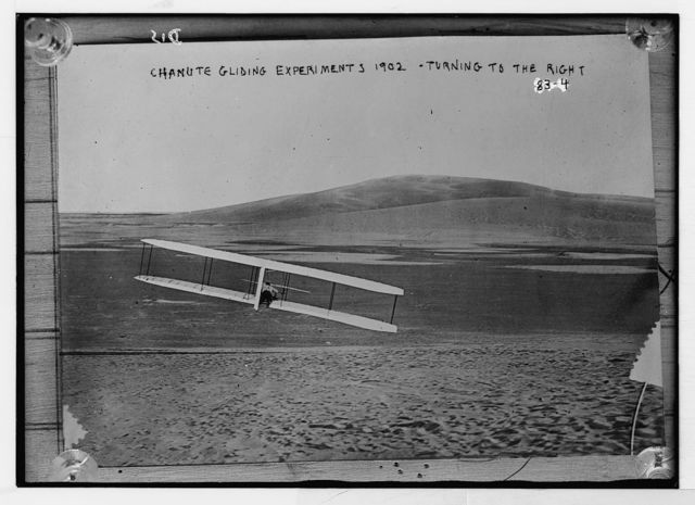 Glider turning to right, Chanute gliding experiments