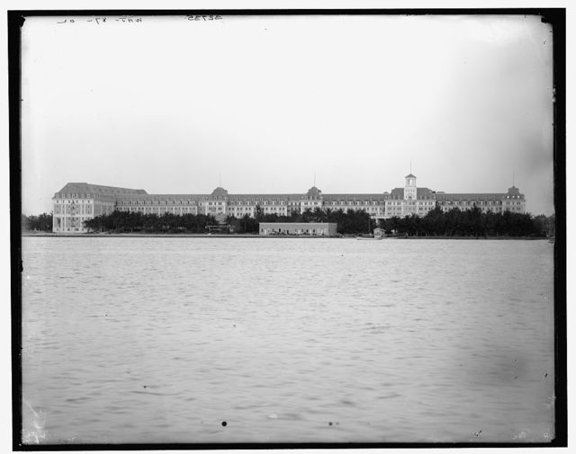 [Royal Poinciana Hotel from wharf, Palm Beach, Fla.]