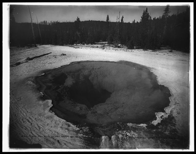 The morning glory, Upper Geyser Basin