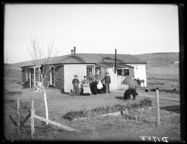 A. Fonda sod house, Oconto, Custer County, Nebraska.