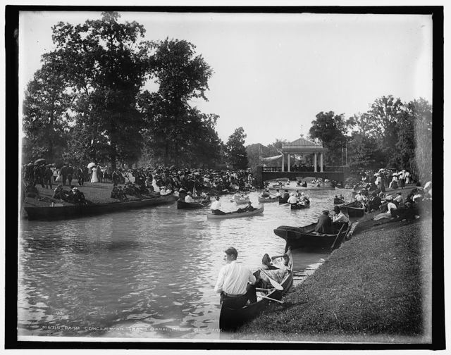 Band concert on Grand Canal, Belle Isle Park