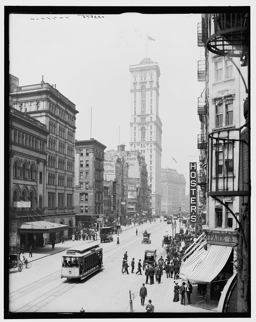 [Broadway and Times Building (One Times Square), New York City]