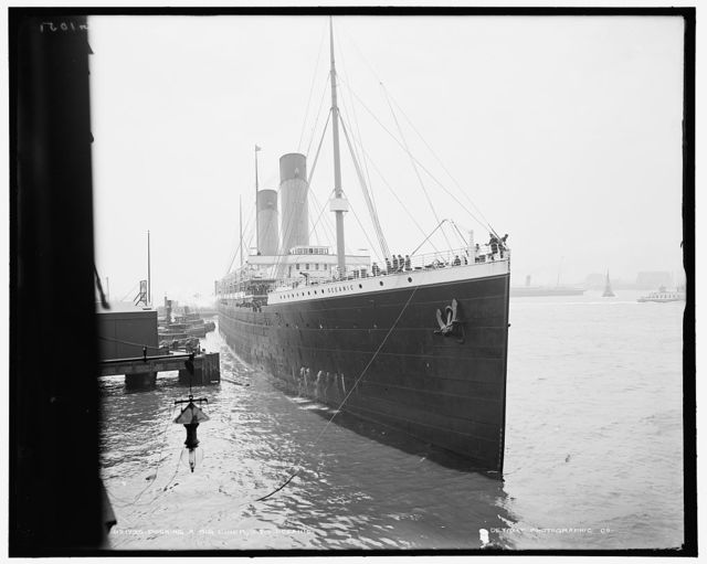 Docking a big liner, S.S. Oceanic