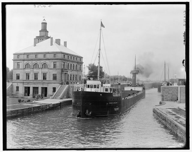 [Freighter in Poe Lock, looking down, Sault Ste. Marie, Mich.]
