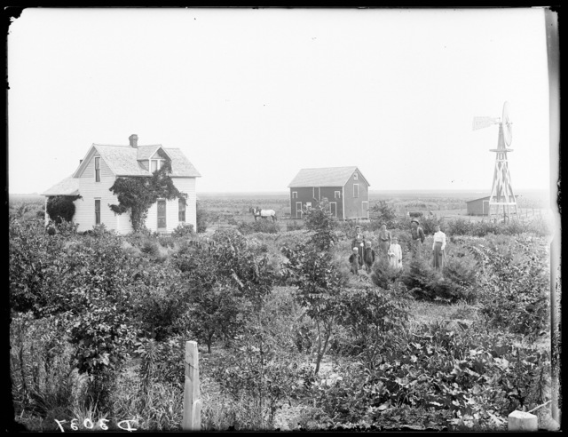 Henry Franks farm near Kearney, Nebraska