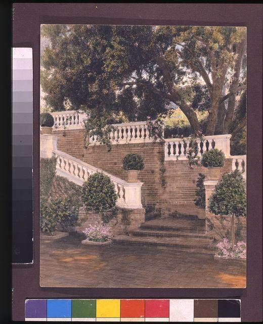 [Mrs. Francis Lemoine Loring house, 700 South San Rafael Avenue, San Rafael Heights, Pasadena, California. View to staircase]