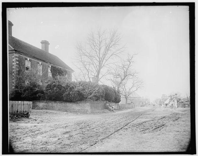 Nelson House [i.e. York Hall] and street view, Yorktown, Va.