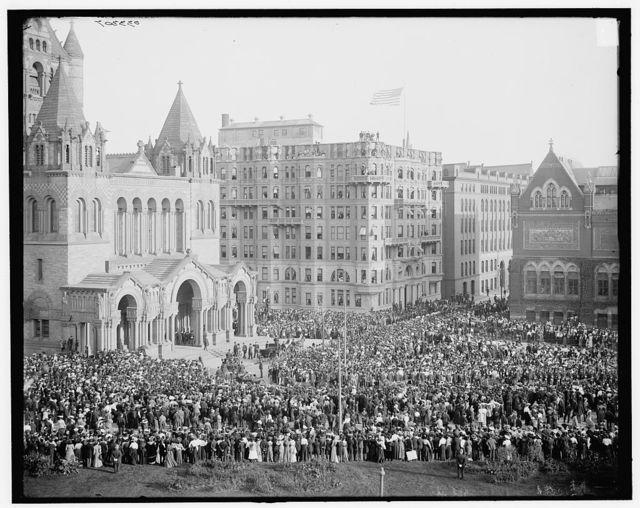 [Officials entering Trinity Church (Copley Square), Boston, Mass.]