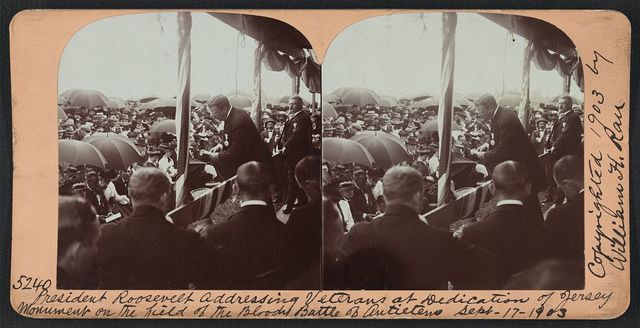 President Roosevelt addressing veterans at dedication of Jersey monument on the field of the bloody Battle of Antietam, Sept. 17, 1903