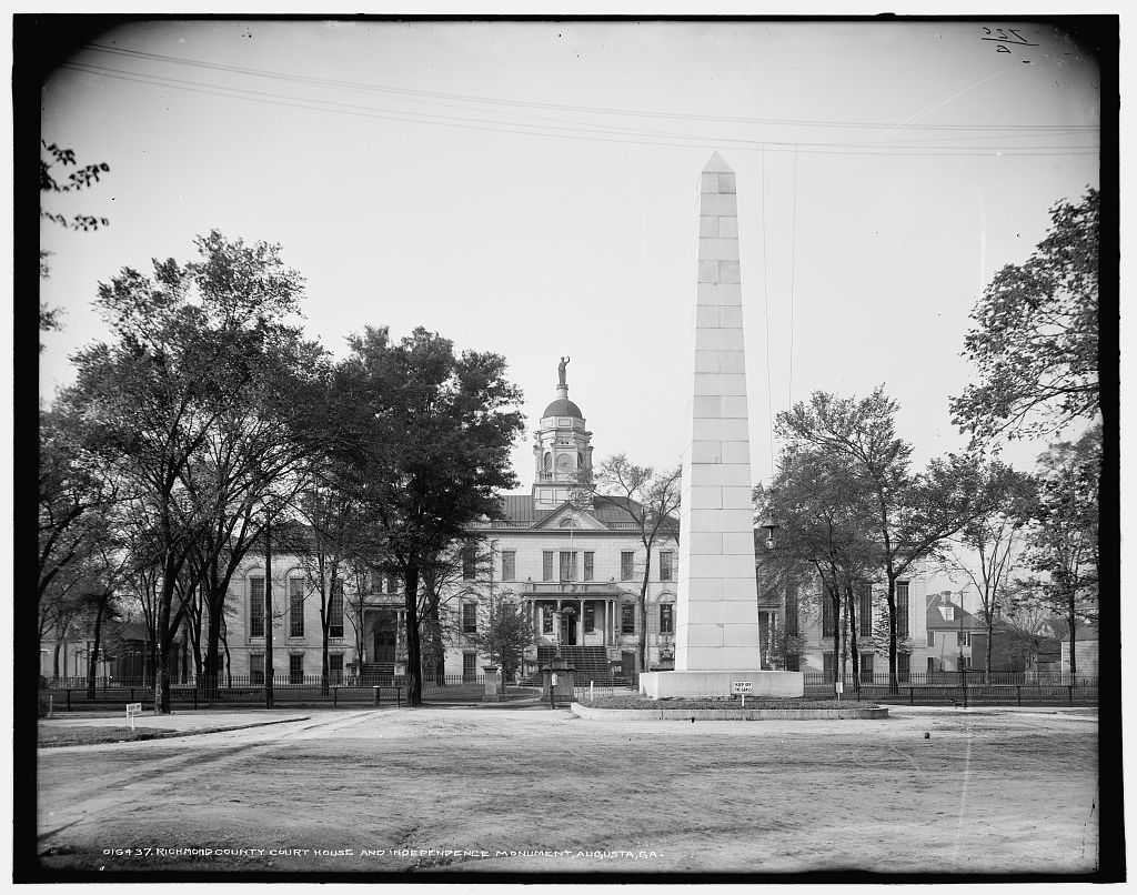 Richmond County Court House and Independence Monument, Augusta, Ga.