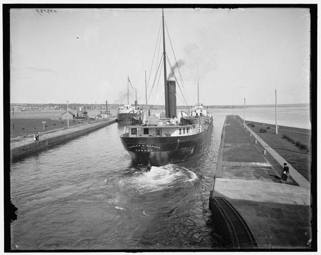 [Str. Charles M. Warner leaving Poe Lock, Sault Ste. Marie, Mich.]