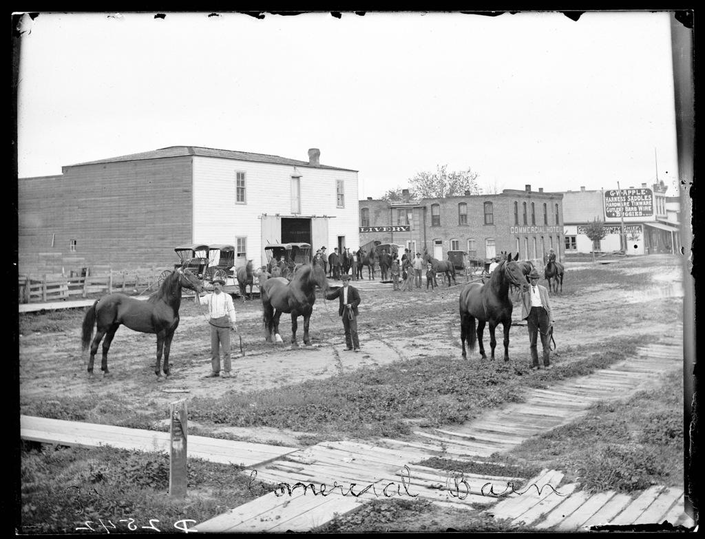 T. Finler (Finlen?) Commercial Barn, Broken Bow, Nebraska.