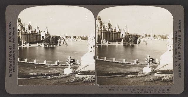 A view of the Grand Basin and Plaza of St. Louis from the flower beds, World's Fair, St. Louis, Mo.