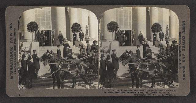 Arrival of the President and Mrs. Roosevelt for luncheon at West Pavilion, World's Fair, St. Louis, U. S. A.