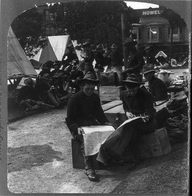 Camp scene, California National Guards in commission during panic [earthquake], San Francisco, Calif., disaster