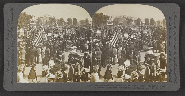 Countless thousands on St. Louis Plaza, St. Louis Day, Louisiana Purchase Exposition, St. Louis, Mo., U. S. A.