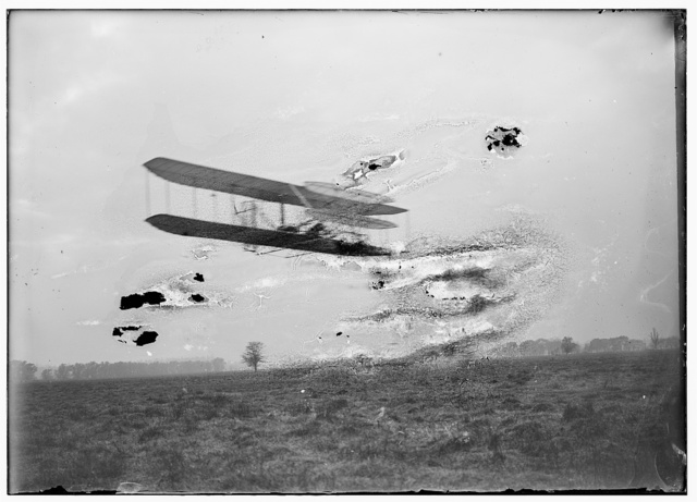 [Flight 82: Wilbur piloting at a considerable height, flying a distance of 2 3/4 miles in 5 minutes and 4 seconds, almost four circles of the field at Huffman Prairie, the best and longest flight of the year; Dayton, Ohio]