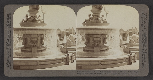 From Colonnade east over fountains and statues to Mines and Metallurgy Bldg., World's Fair, St. Louis, U. S. A.