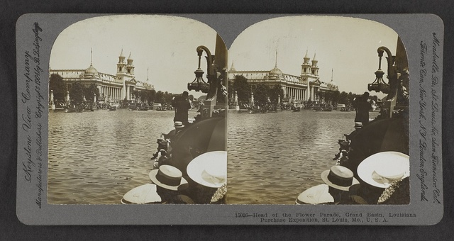 Head of the Flower Parade, Grand Basin, Louisiana Purchase Exposition, St. Louis, Mo., U.S.A.