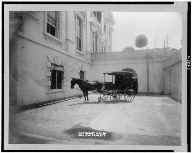 [Horse drawn delivery wagon at entrance of White House kitchen]
