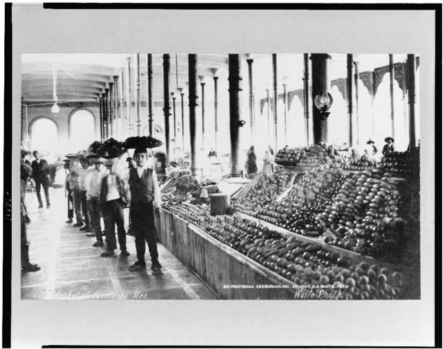 [Interior of food market, Zacatecas, Mexico] / Waite photo.