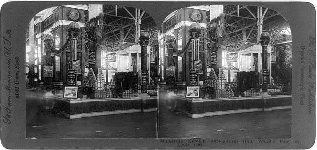 Minnesota exhibit, Agricultural Hall, World's Fair, St. Louis, 1904