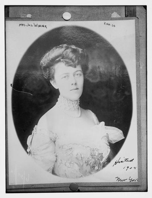 Mrs. Jos. Widener, N.Y.