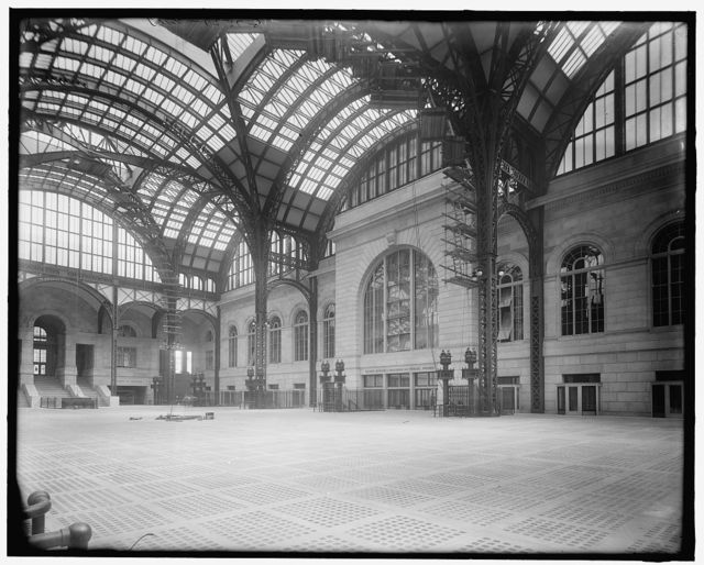 [New York, N.Y., Pennsylvania Station, concourse showing gates, indicators]