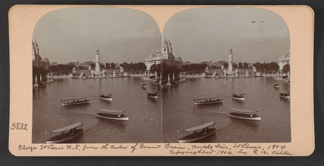 Plaza St. Louis N. E. from the center of Grand Basin, World's Fair, St. Louis, 1904