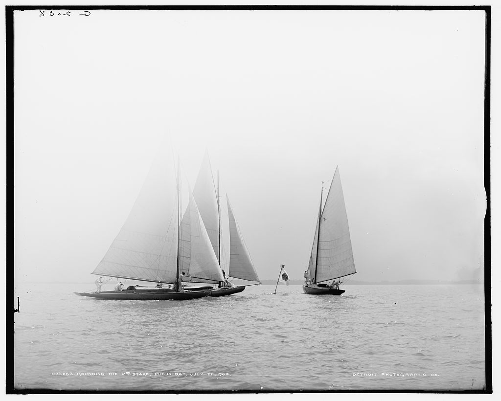 Rounding the 2nd stake, Put-In-Bay, July 22, 1904
