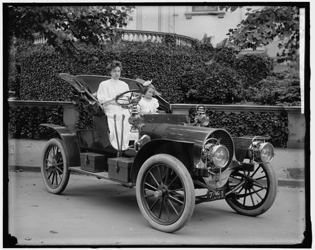 BLIVEN, F.S., MRS. IN AUTO