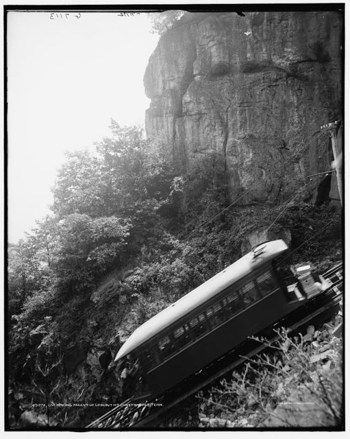 Car making ascent up Lookout Mt., Chattanooga, Tenn.