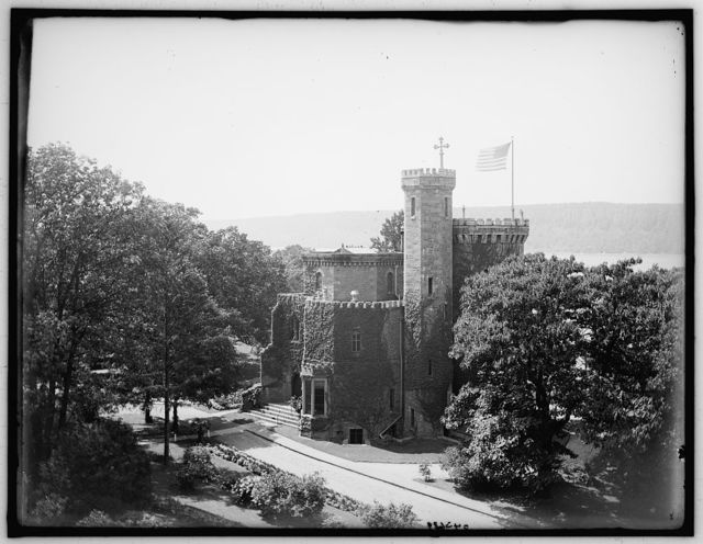 [Castle, Academy of Mount St. Vincent, front view, New York, N.Y.]