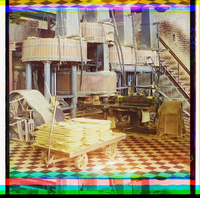 [Cotton textile mill interior, probably in Tashkent]