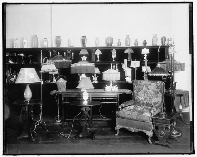 DULIN & MARTIN CO. LAMPS