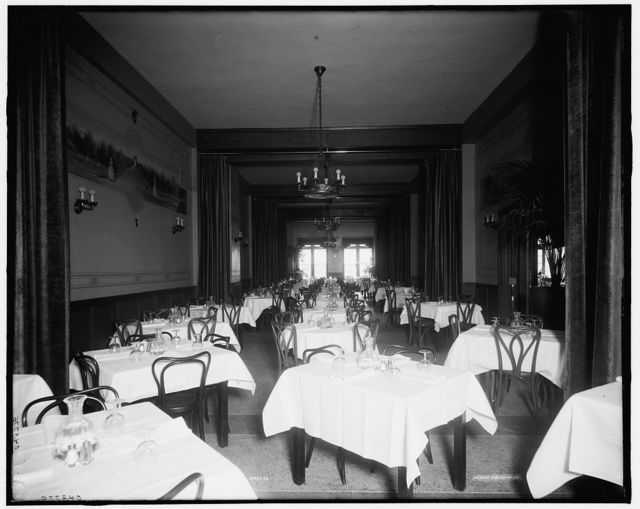 [Edelweiss Cafe, banquet room, Detroit, Mich.]
