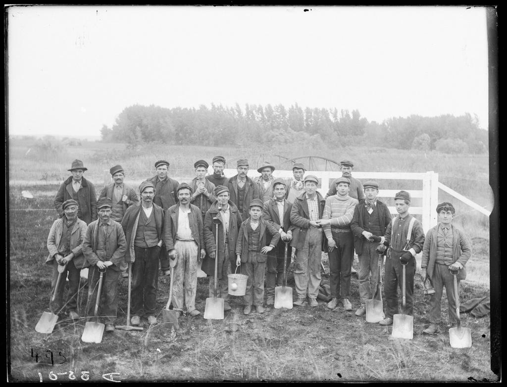 Group of railroad graders near Elm Creek, Buffalo County, Nebraska.