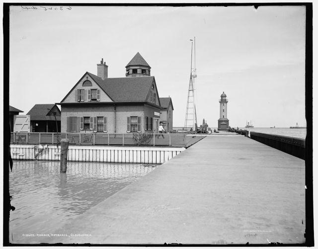 Harbor entrance, Cleveland, O[hio]