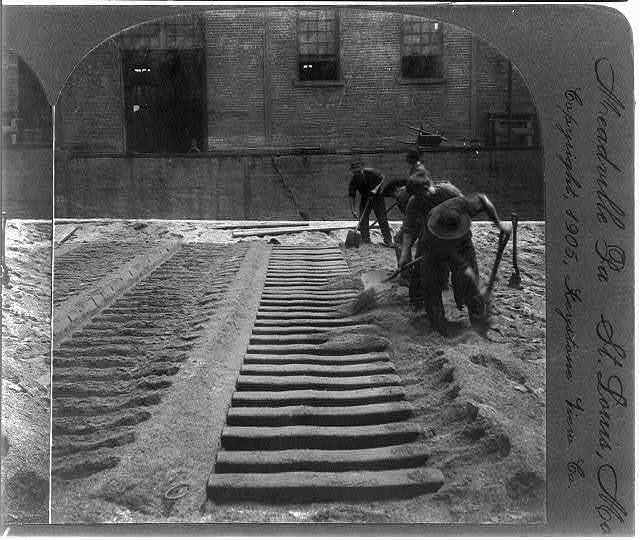 Making the moulds for pig iron, blast furnace, Pittsburg, Pa.
