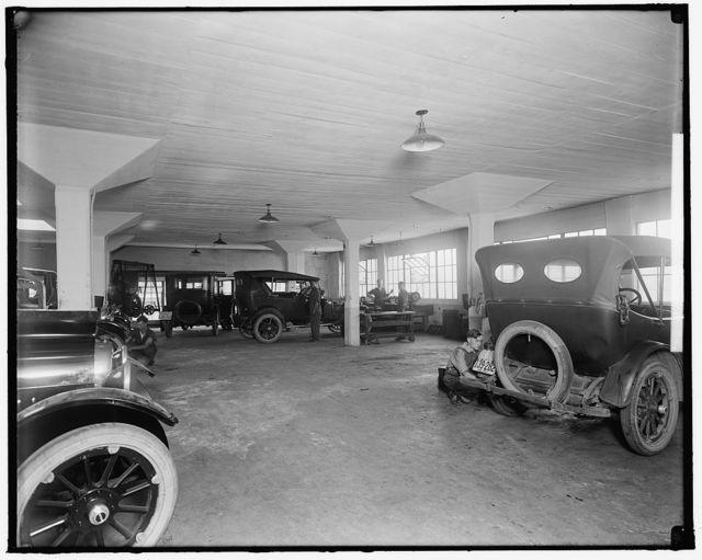 OAKLAND AUTOMOBILE CO. GARAGE