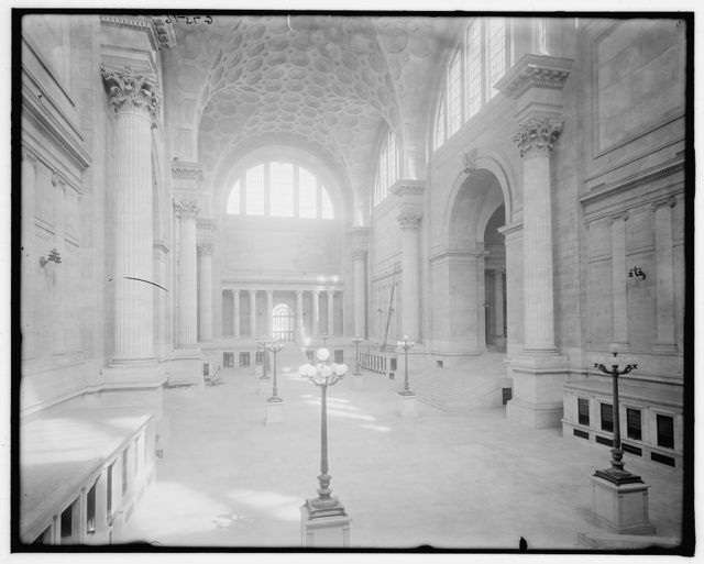[Pennsylvania Station, main waiting room, New York, N.Y.]